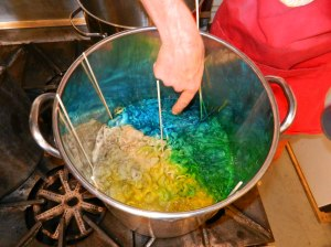 Natalie's perfect dye pot.