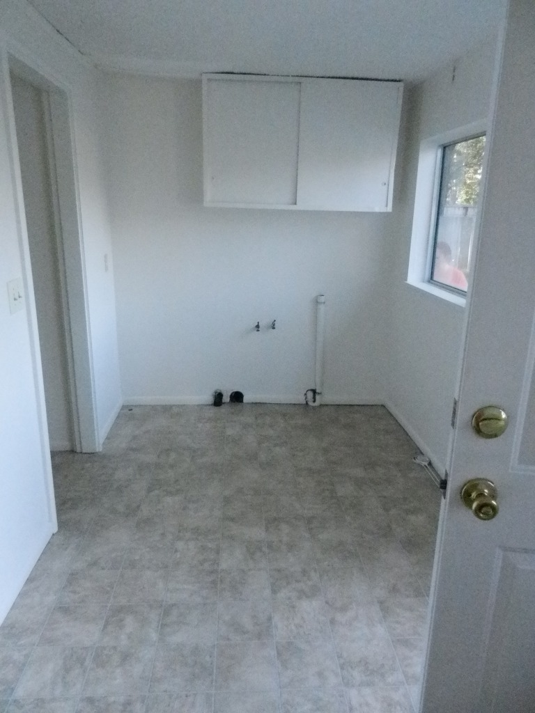 Separate laundry room!